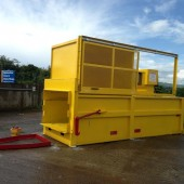G120 Static Compactor with Sliding Door